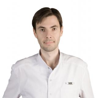 Врач-офтальмохирург Зябликов Иван Александрович